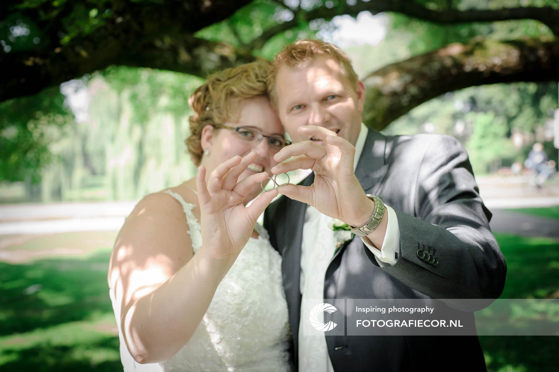 Trouwreportage | Trouwfoto's | opname van de trouwringen