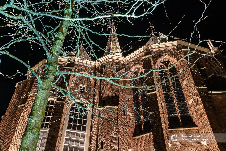 Avond fotografie met nacht foto van broederkerk | bezienswaardigheden gemeente Kampen - hanzesteden | fotograaf foto's maken