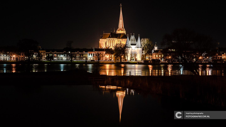 Avond fotografie met nacht foto van Kampen aan de IJssel - hanzesteden | hanzestad fotograaf