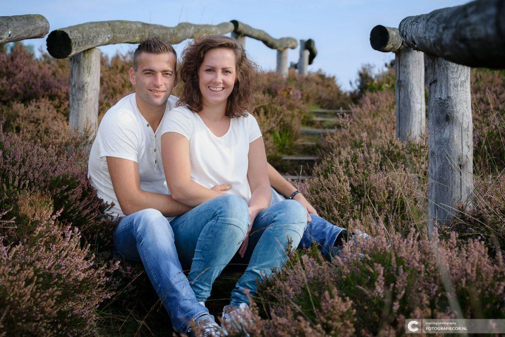 Familie | Verliefd tijdens loveshoot | Heidelandschap bij Heerderstrand | gezinsfoto maken