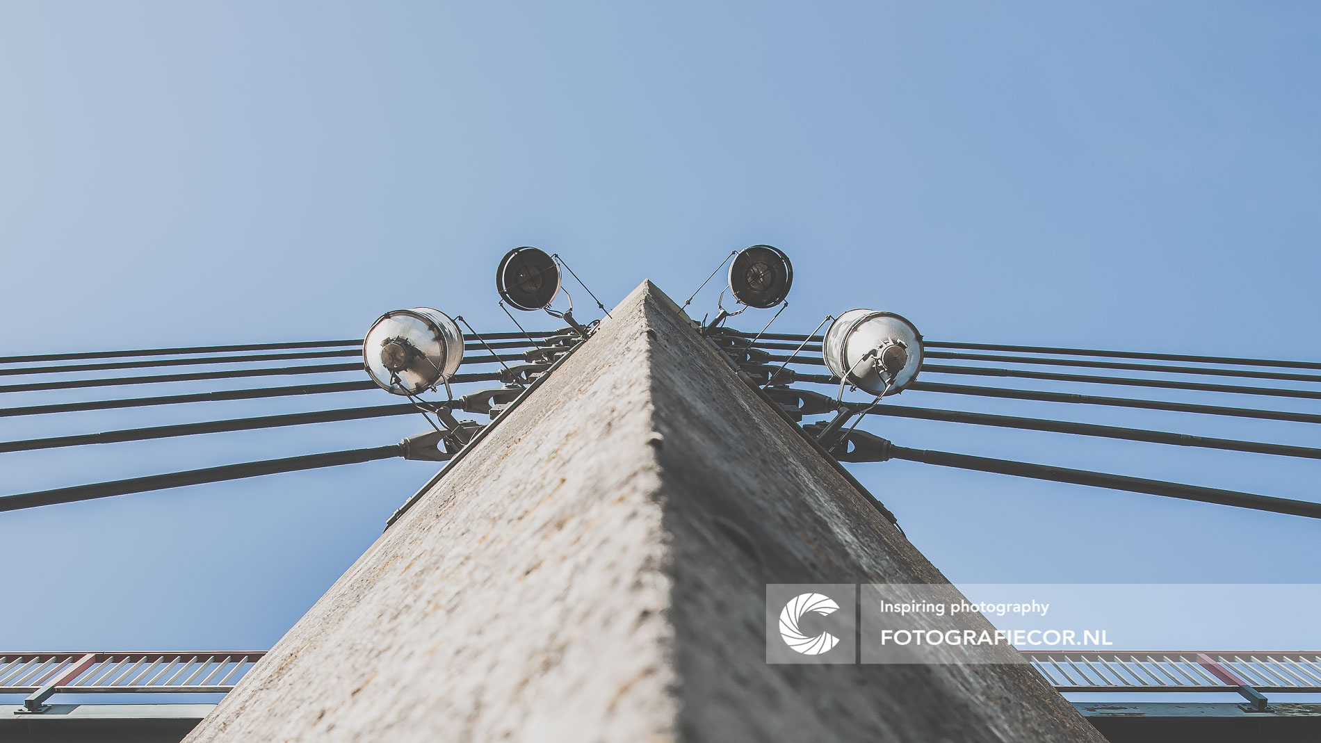 Pijler van tuibrug, Molenbrug | architectuurfotograaf