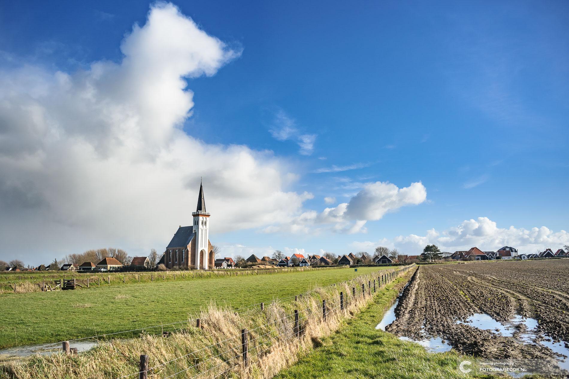 Texel | bezienswaardigheden | Kerkje | Den Hoorn | landschap| schapen | polder | landschapsfotograaf | architectuur