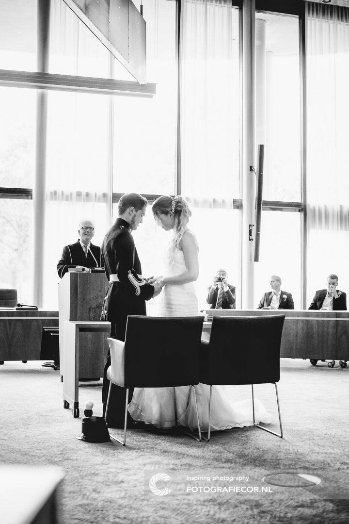 stadhuis | trouwreportage | huwelijk | fotograaf | foto | locatie | Trouwen
