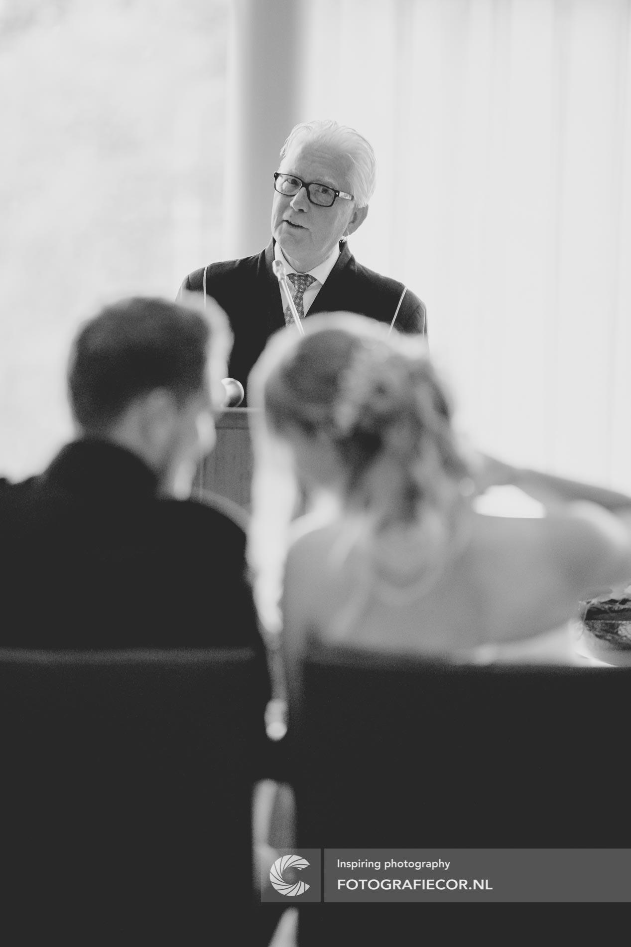 Trouwlocatie trouwfotograaf | fotoshoot huwelijk | bruidsfotograaf Kampen IJsselmuiden Emmeloord | fotografie voor de mooiste dag