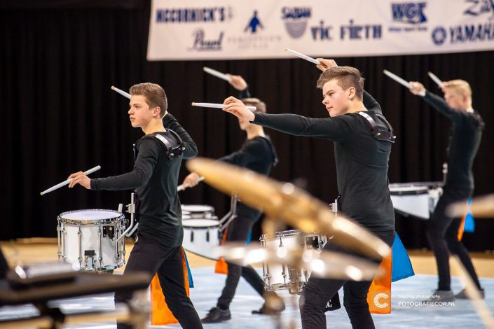 Jong JKTK Indoor percussion in actie | foto evenementen fotograaf - Almere