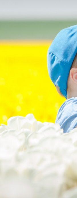 Portret | fotografie | kinderen | tweeling | tulpen | voorjaar | Nederland