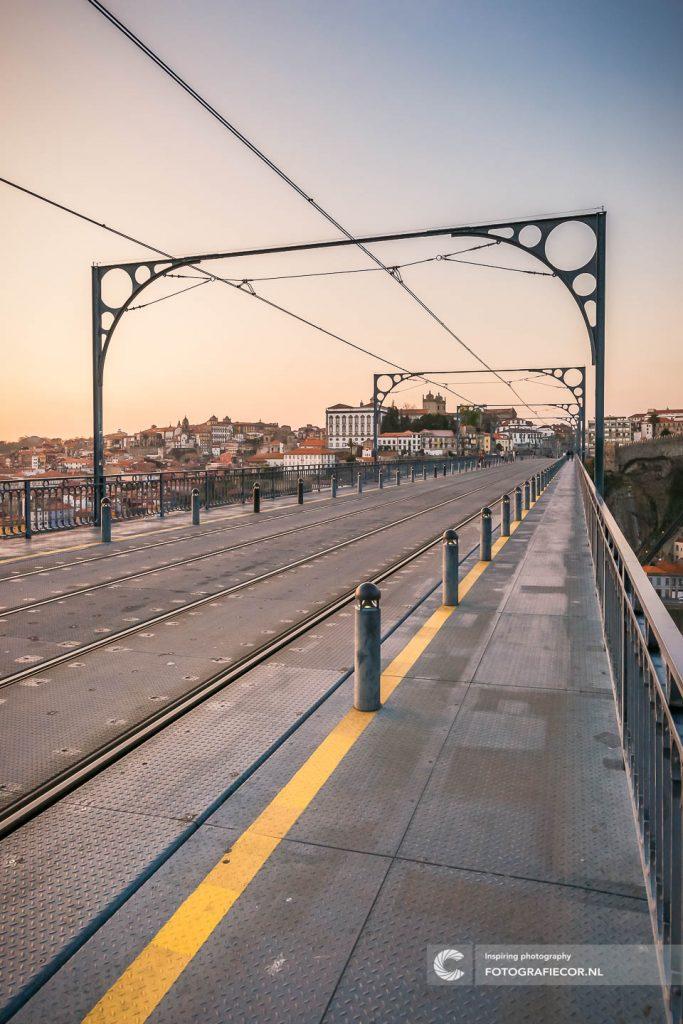Brug | Eiffel | Porto | Trein | Rails |Tram | Ribeira | Zonsondergang | Citytrip