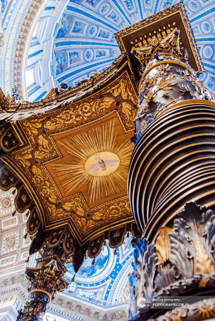 Portfolio | Rome | Citytrip | Vaticaan | baldakijn | Bernini | Stedentrip | Bezienswaardigheden | St. Pieter