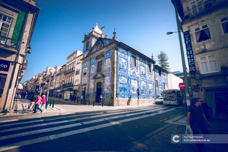 Ribeira | Kerk | tegels | azulejos | Blaauw | kunst | citytrip porto | fotografie tips | porto | bezienswaardigheden | Portugal | reisfotografie | stedentrip