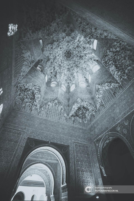 Sala de los Abencerrajes | Arabesque | Alhambra Granada | Andalusie | bezienswaardigheden | Generalife | Granada | Nasrid | Palace | Spanje | Zuid Spanje | Architectuur