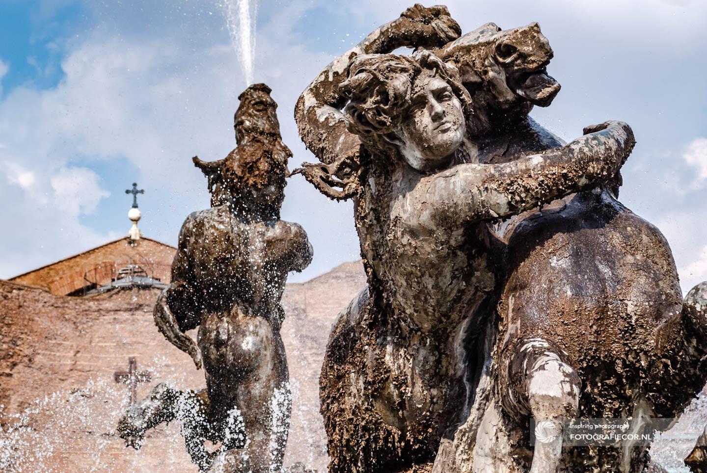 \ Fontein van hetPiazza Della Repubblica | Rome | kunst | Italie | Thermen van Diocletianus | kerk | Santa Maria degli Angeli e dei Martiri