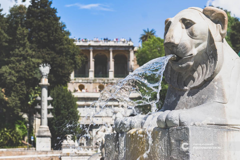 Fontein van de Leeuwen | Piazza del Popolo | Rome bezienswaardigheden | Italie | Plein