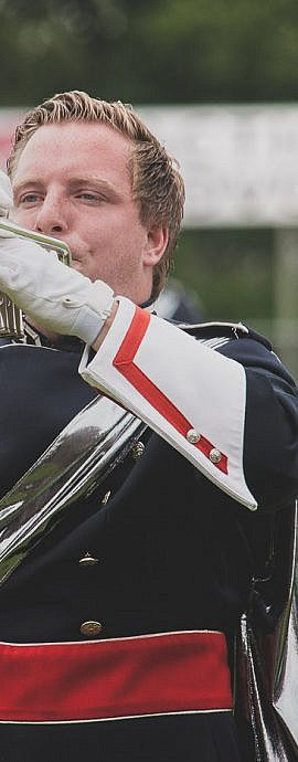 Kamper Trompetterkorps | Kampen | trompet speler in uniform