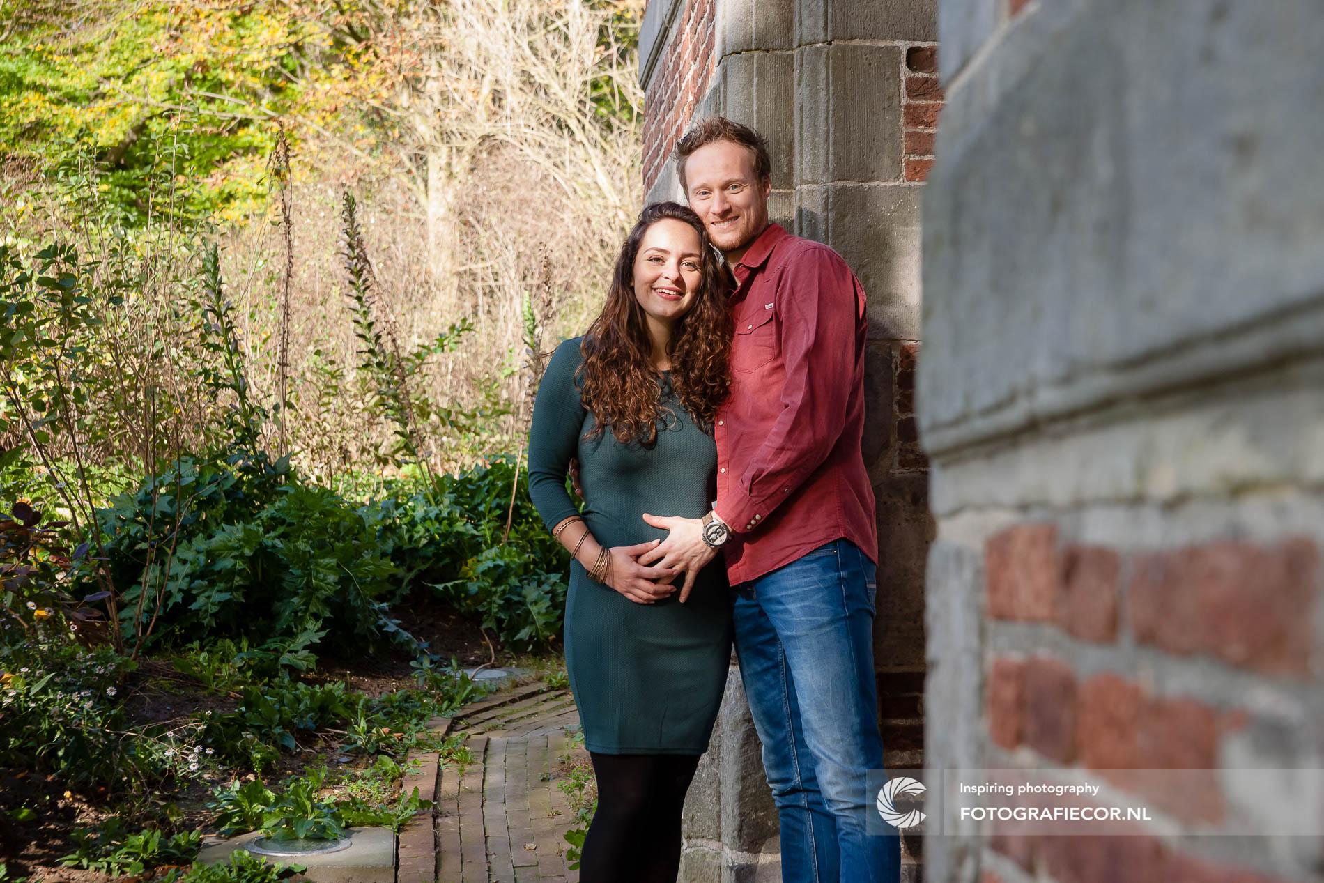 Fotoshoot | gezin | zwanger | ouders | Stadspark Kampen