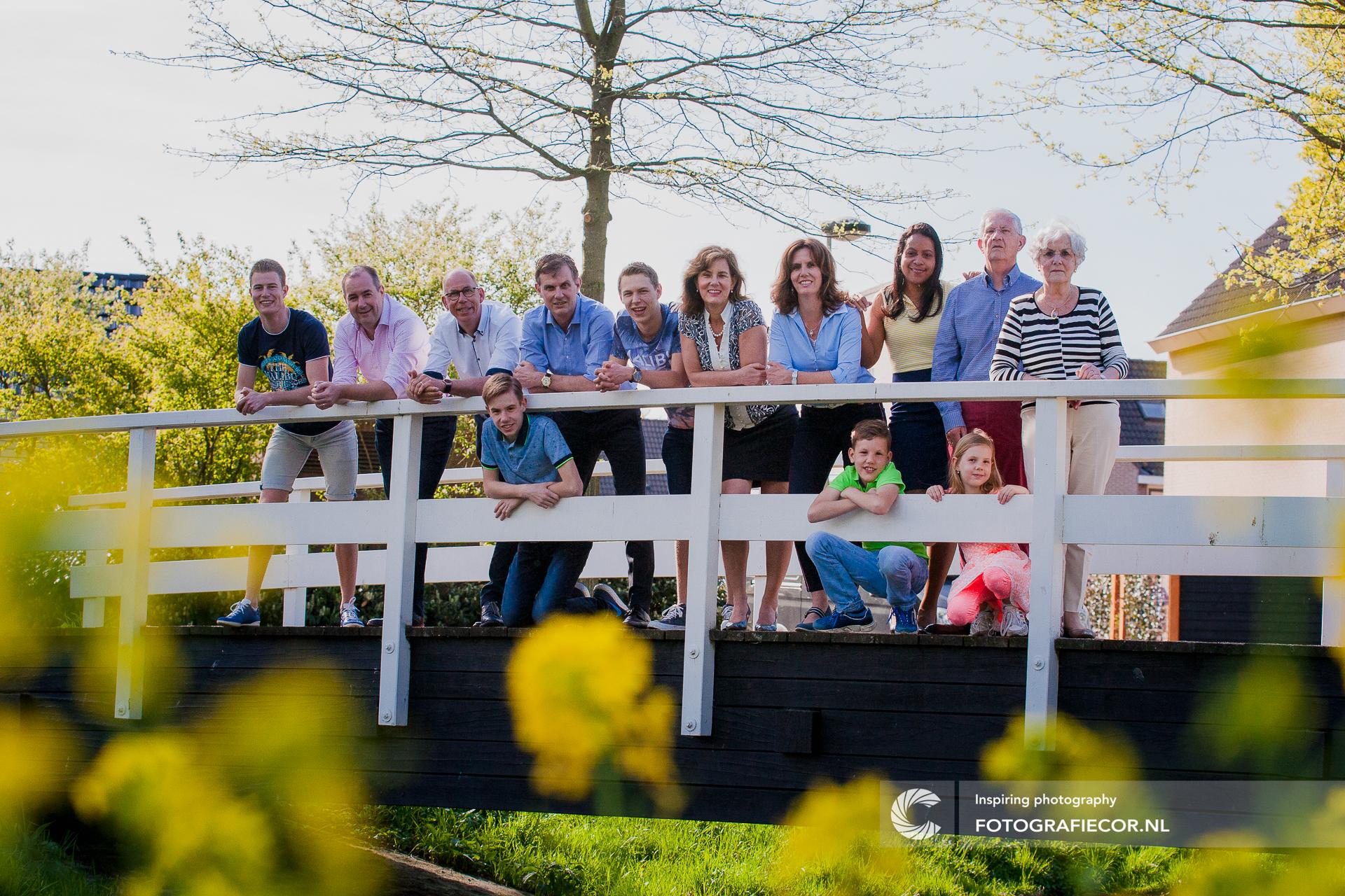 familie fotoshoot op locatie | familiefoto | fotoshoot gezin | Familie Kampen | familiefotograaf