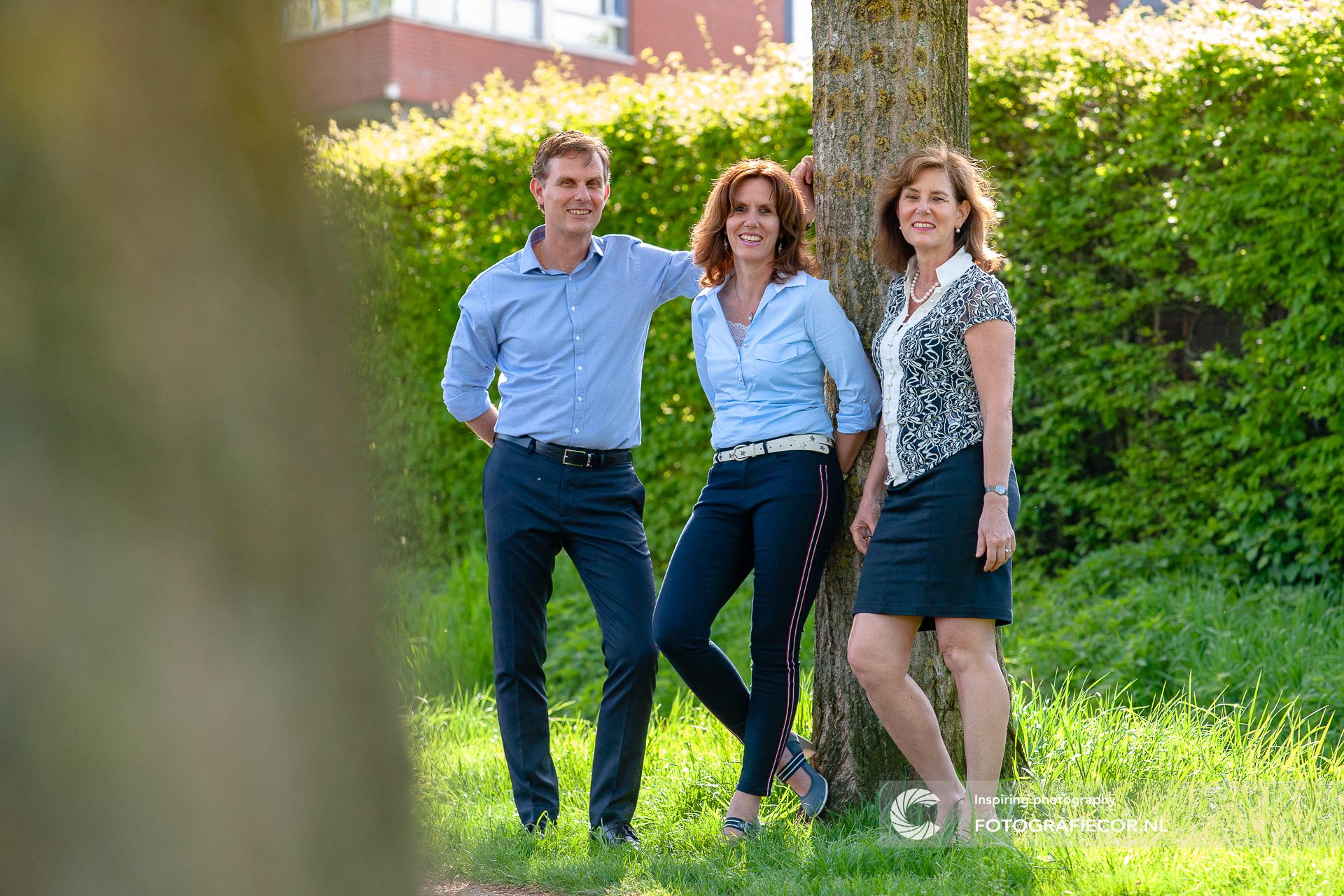 Familiefoto | Broers | Zussen | Gezin | portretfotografie | fotoshoot | Kampen | familie fotoshoot op locatie